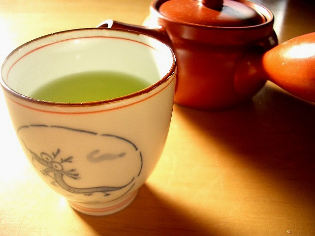 green tea is great for overall health and also for removing blackheads