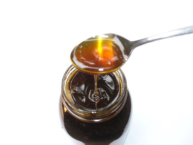 honey to get rid of pimple scars